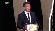 Antonio Banderas reçoit le prix d'interprétation masculine pour Douleur et Gloire - Cannes 2019
