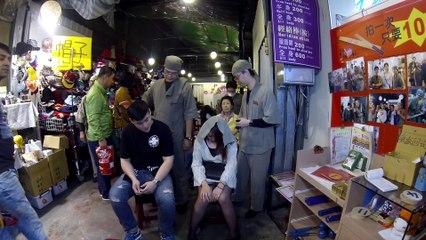 Masaje con barillas en los mercados nocturnos de Taipei
