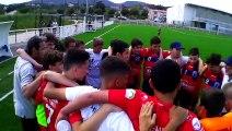 U15, les coaches félicitent le groupe