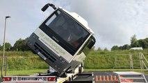 Le bus tonneau, bus pédagogique de sécurité routière, en action