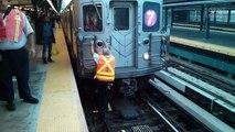 Das müsst ihr tun, wenn ihr aufs U-Bahn-Gleis fallt!