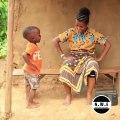 Cette maman ougandaise et son fils vont vous faire danser. Trop mignon !