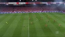 Bundesliga : Stuttgart tombe de haut