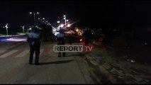 Report Tv - Aksident tragjik në Tapizë/ Humbin jetën dy persona, plagosen dy të tjerë