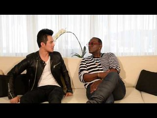 Randy Jackson (USA) introduces international artist Wiltay (Singapore)