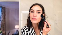 Alexa Chung Does Her Genius Trick for the Perfect Cat-Eye