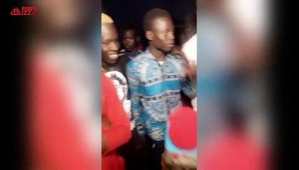 Ngaaka Blindé et Abiba distribuent du ndogou dans les rues de Guédiawaye