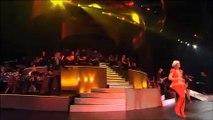 Live: Helene Fischer – Von Hier Bis Unendlich — Zum ersten Mal mit Band und Orchester