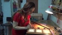 İZMİR Türkiye'nin tek kadın kanun yapım ustasından geri dönüşüm enstrümanları-1