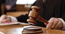 Son Dakika! Avukatın etek boyuna tepki gösteren hakim görevden uzaklaştırıldı