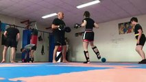 Kick boxing 81  PATTES  D OURS