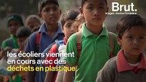 En Inde, une école remplace les frais de scolarité par des déchets plastiques