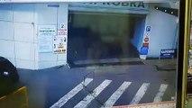 Problème de frein dans un parking (Russie)