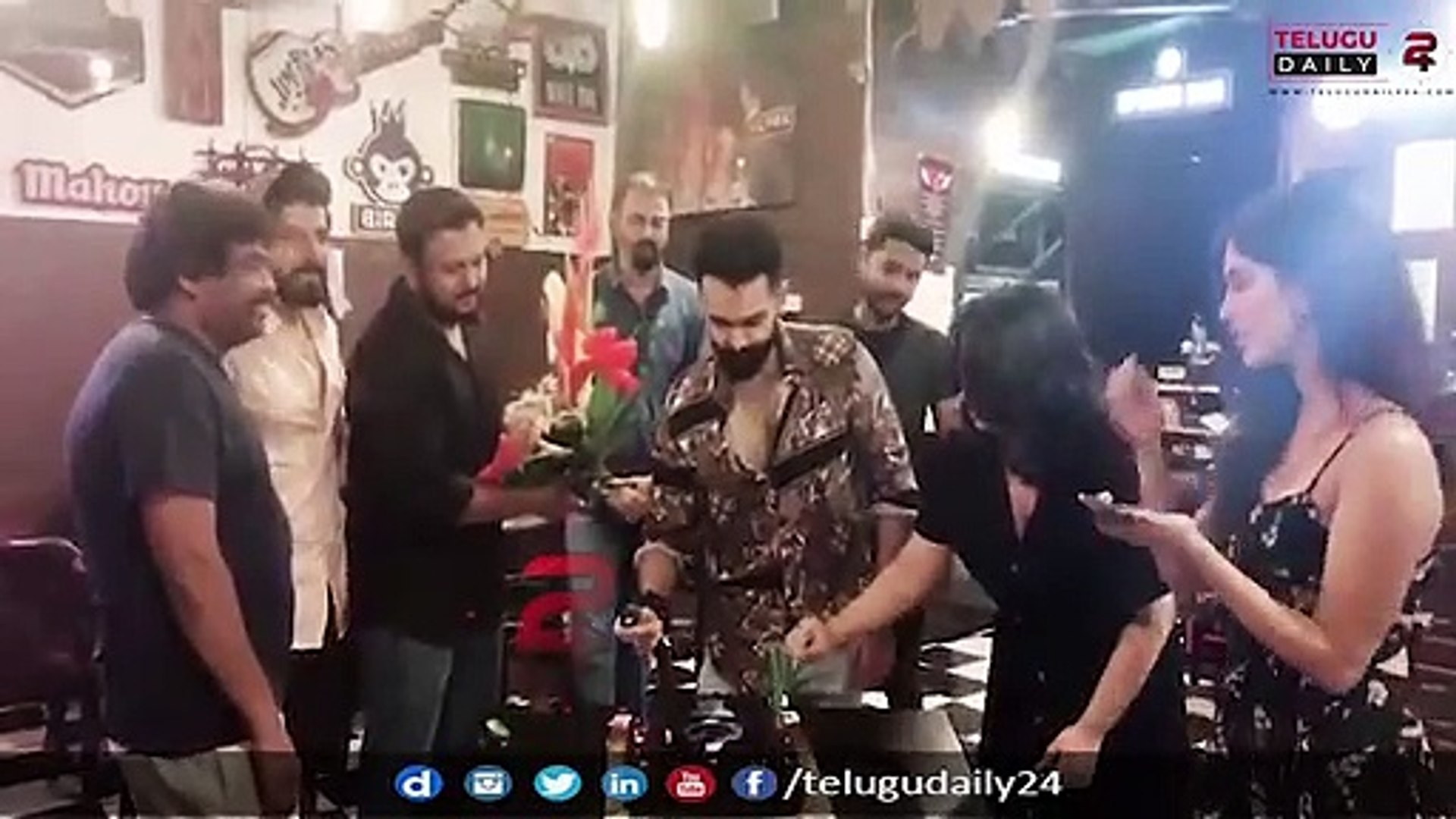 Hero Ram Birthday Celebrations With Ismart Shankar Team || TeluguDaily24