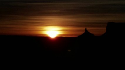 Travel Track On Sirk TV:  SIMPSON'S TRAILHANDLER TOURS [Monument Valley, Utah]