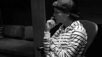 """Avicii - The Story Behind """"Never Leave Me"""""""