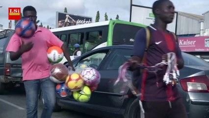 Côte d'Ivoire : vendeurs à la sauvette pour survivre