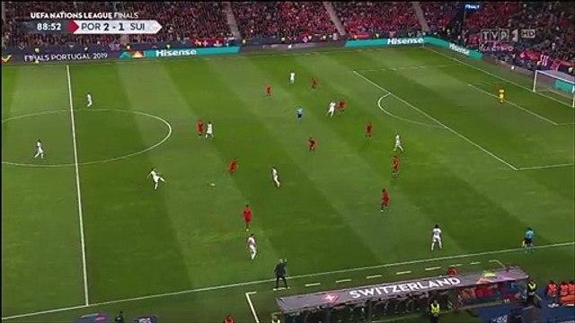 Portugal [3]-1 Switzerland - Cristiano Ronaldo hat-trick goal