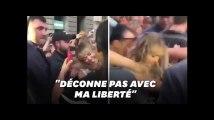 Miley Cyrus embrassée de force par un fan en pleine rue