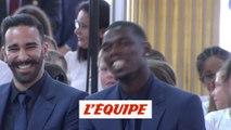 Quand Macron taquine Pogba - Foot - Bleus