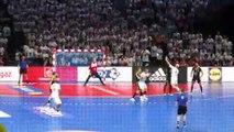 Le gardien J.Meyer marque depuis sa cage - Finale Coupe de France 2019 - Chambéry 31 21 Dunkerque