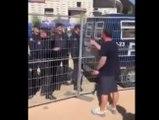 Un supporter de Liverpool a la mauvaise idée de s'embrouiller avec des policiers espagnols !