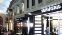 """Sephora Shuts Down Stores to Hold """"Inclusion Workshops"""" for Employees 