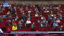 Une députée de La France insoumise se bâillonne à la tribune pour dénoncer la réforme du règlement de l'Assemblée - VIDEO