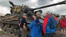 Le Normandy Victory Museum prit d'assaut par des véhicules d'époque
