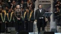 Luciano Pavarotti & Joan Osborne - Gesu Bambino (Módena 1996)