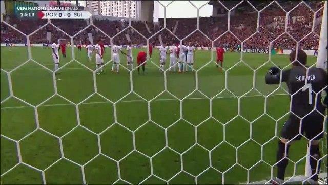 Portugal [1]-0 Switzerland - Ronaldo awesome freekick goal