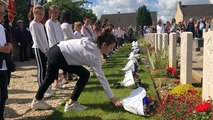 Fleurissement de 23 tombes anglaises