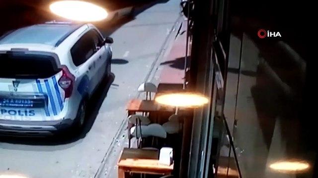 Fatih'te dur ihtarına uymayan sürücü polis alarma geçirdi...Kovalamaca kamerada