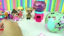 Bebes L.O.L Surprise Juegan con La Maquina de Sorpresas de Tsum Tsum - Juguetes de Titi