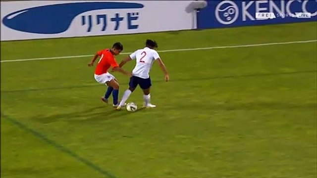 Reece James stretchered off & given oxygen while playing for England U20s