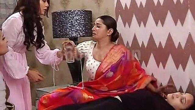 DIVYA DRISHTI | Drishti trying to Stop Rakshit To Go To Hospital | दिव्य-दृष्टि
