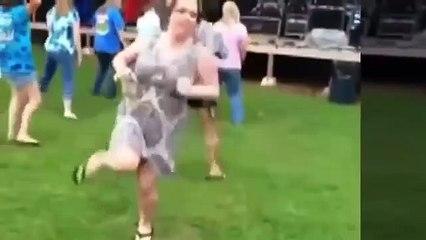 Woman Russian Drunk !  funny