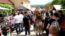 La 12e Foire des sorcières de Mâlain a accueilli des milliers de visiteurs pour son premier jour, samedi