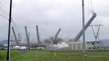 Une centrale à charbon, vieille de 65 ans, démolie en quelques secondes