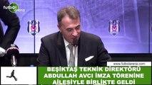 Beşiktaş Teknik  Direktörü Abdullah Avcı imza törenine ailesiyle birlikte geldi