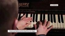 Amazing Pianist Lee Matthews!