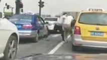 Un road rage qui se termine d'une façon complètement inattendu
