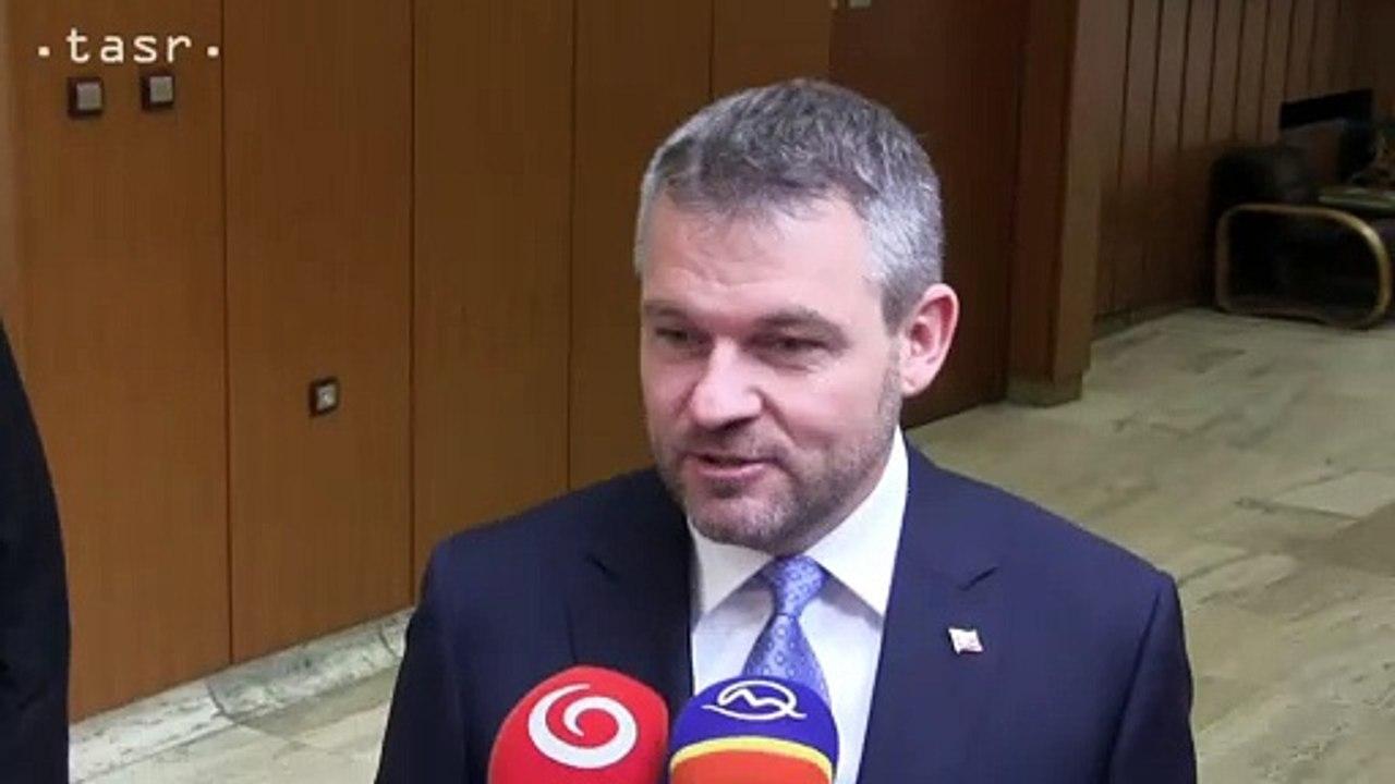 Peter Pellegrini: Je správne, že predseda strany je v regiónoch, stretáva sa s predstaviteľmi a ja sa venujem riadeniu