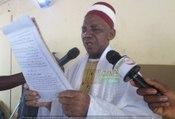 Imam Elhadj Karamo de Kankan à propos de la prière en maninka: ''Allah yi Ismaila bô cheytane bolo''