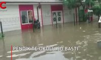 Pendik'te okulu su bastı