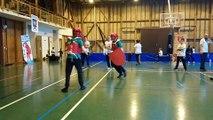 Modern sword fighting : découvrez le combat médiéval en mousse aux Echelles