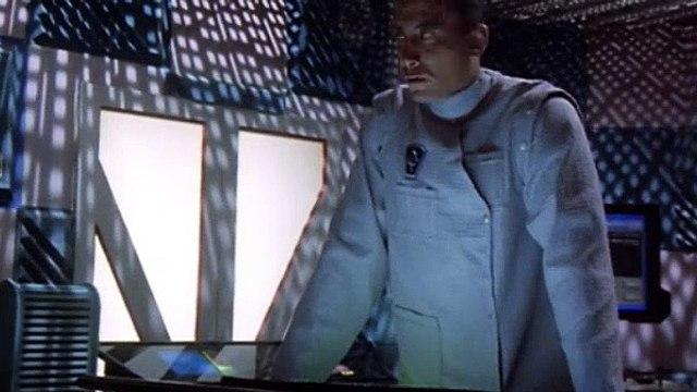 Babylon 5 Season 2 Episode 13 Hunter, Prey
