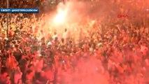 L'atmosphère frénétique pour les 94 ans du club de Göztepe