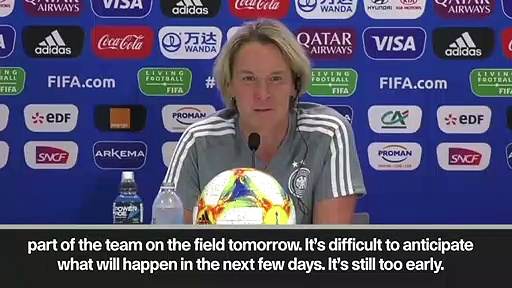 (Subtitled) Dzsenifer Marozsan's potential to play assessed by Germany head coach