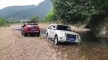 VÍDEO: Esto es lo que pasa cuando no tienes la potencia necesaria para remolcar un coche… ¡qué desastre!